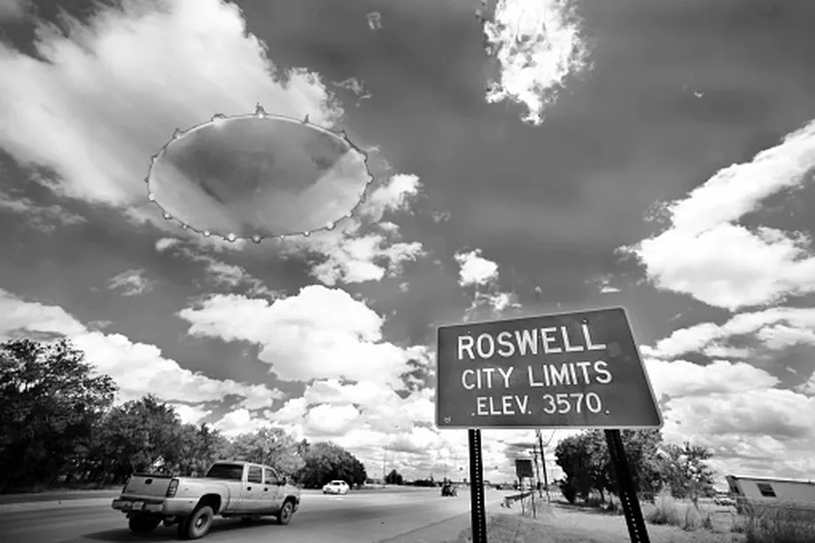 mage of a UFO in the town of Roswell, New Mexico.  Getty Images/iStockphoto
