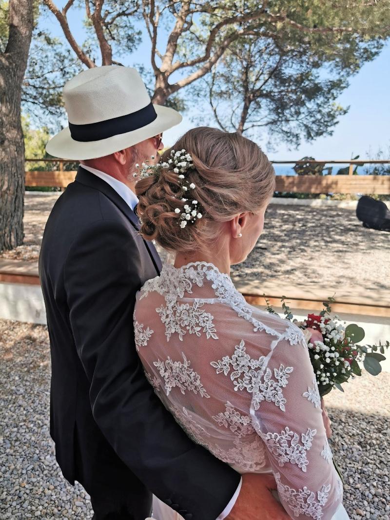 Brudeparet tar inn alt etter vielsen