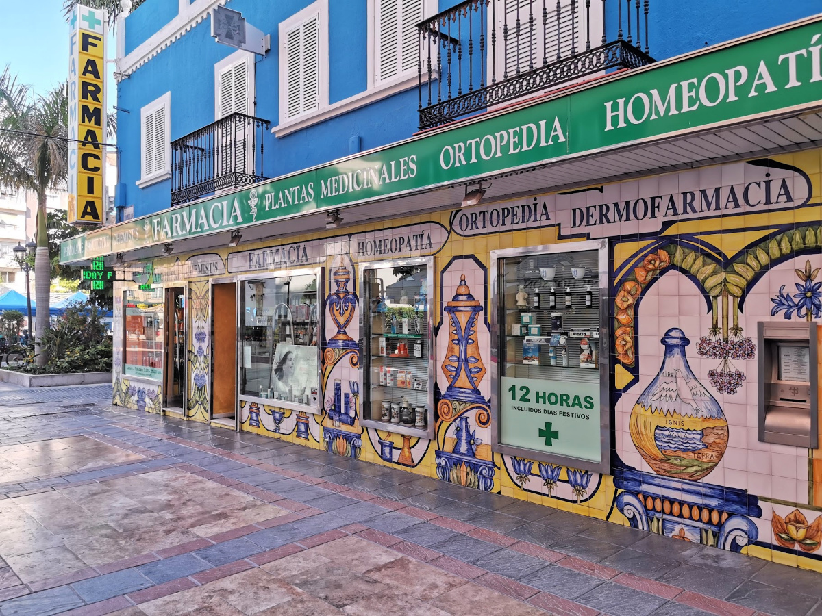 Rimelig lekkert apotek i Fuengirlo
