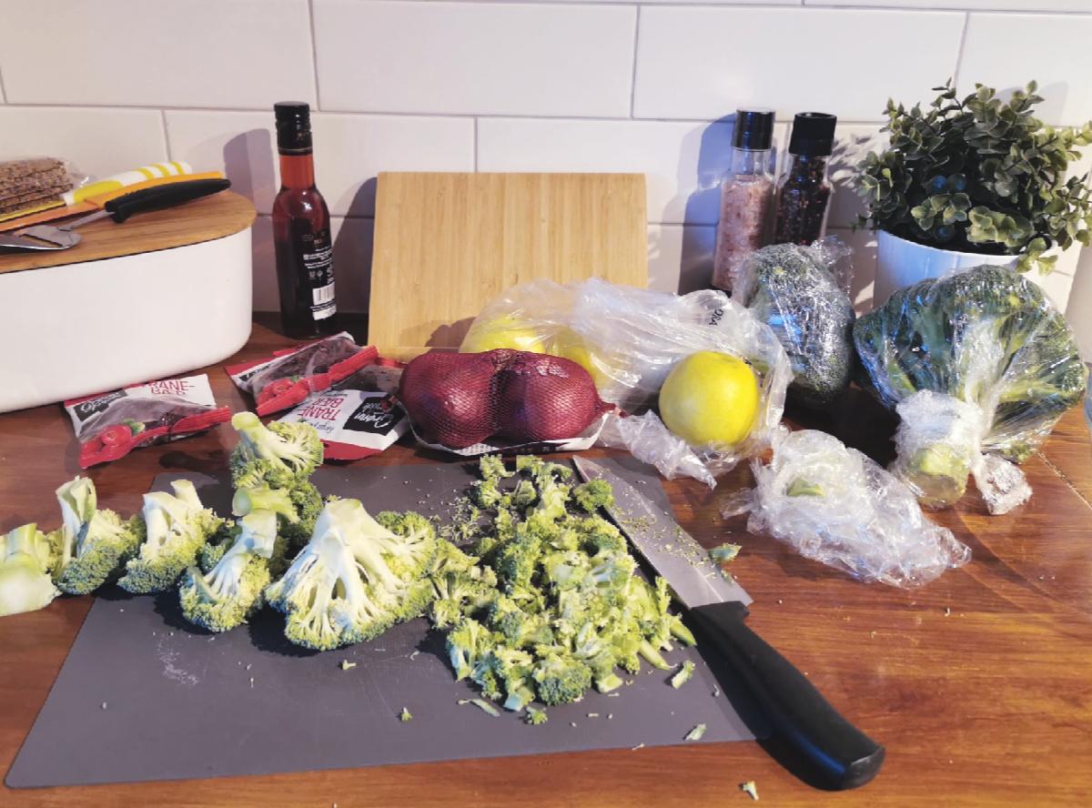 brokkolisalat trinegrung.no 1.jpg