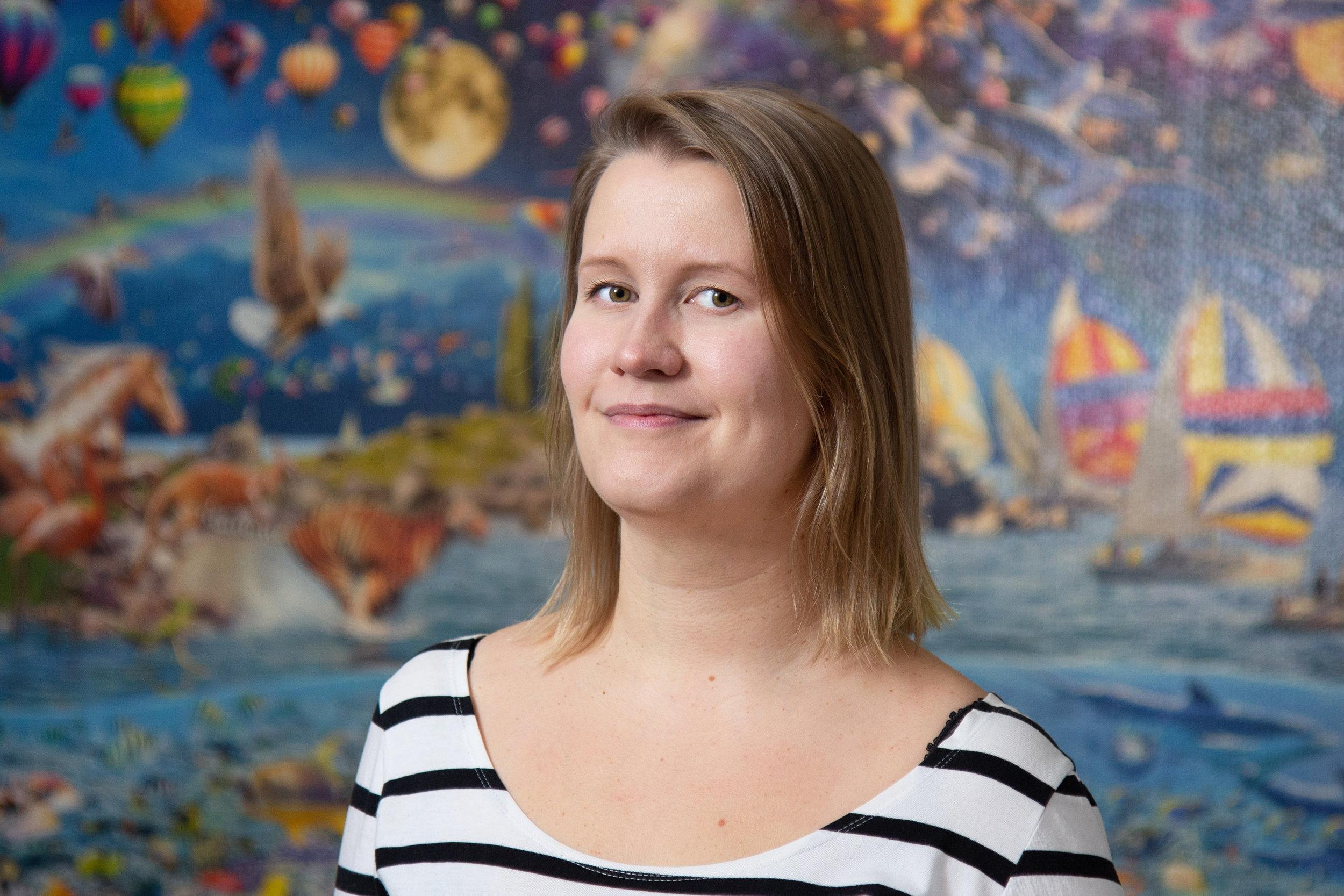 """""""Se ettei aina tiedä, on hyvä asia""""  Niina Tampio, Senior Programmer, LudoCraft"""