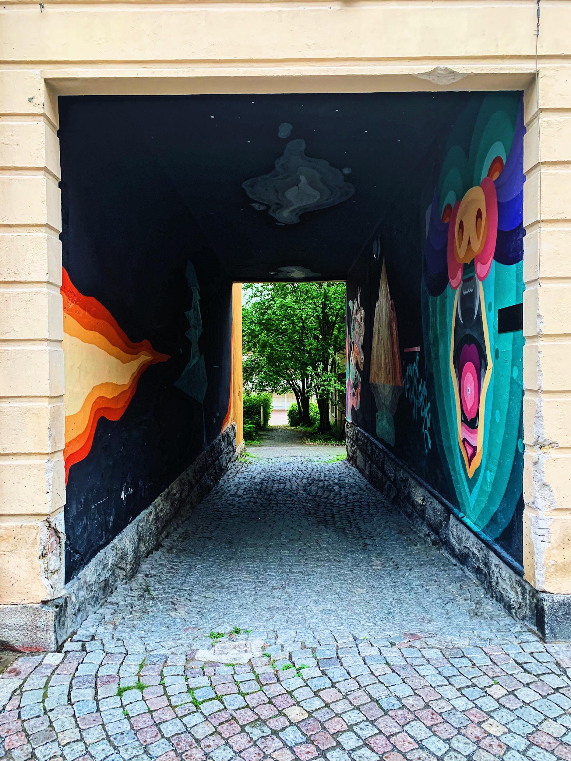 En av alla coola portaler i Östersund.
