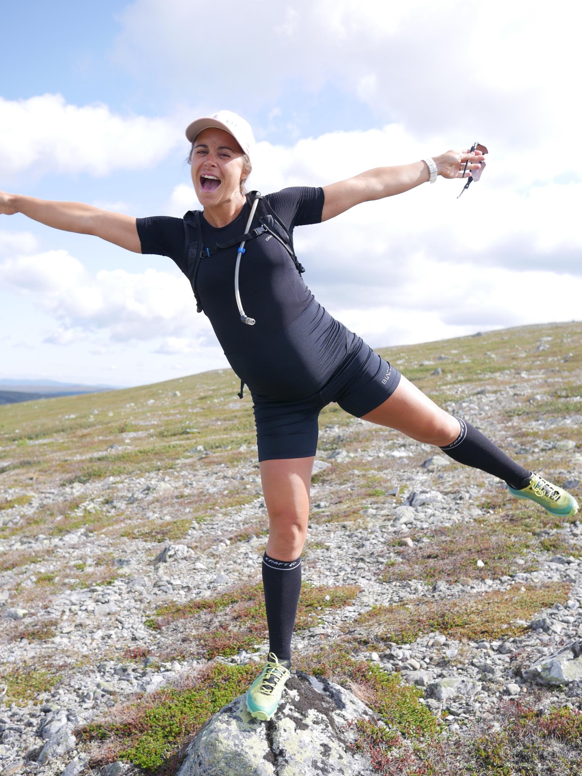 Här är första passet i löpartightsen från Blacc - har till och med stoppat ned träningströjan i dem. Heja fashion. 🙈 Men så skönt!!