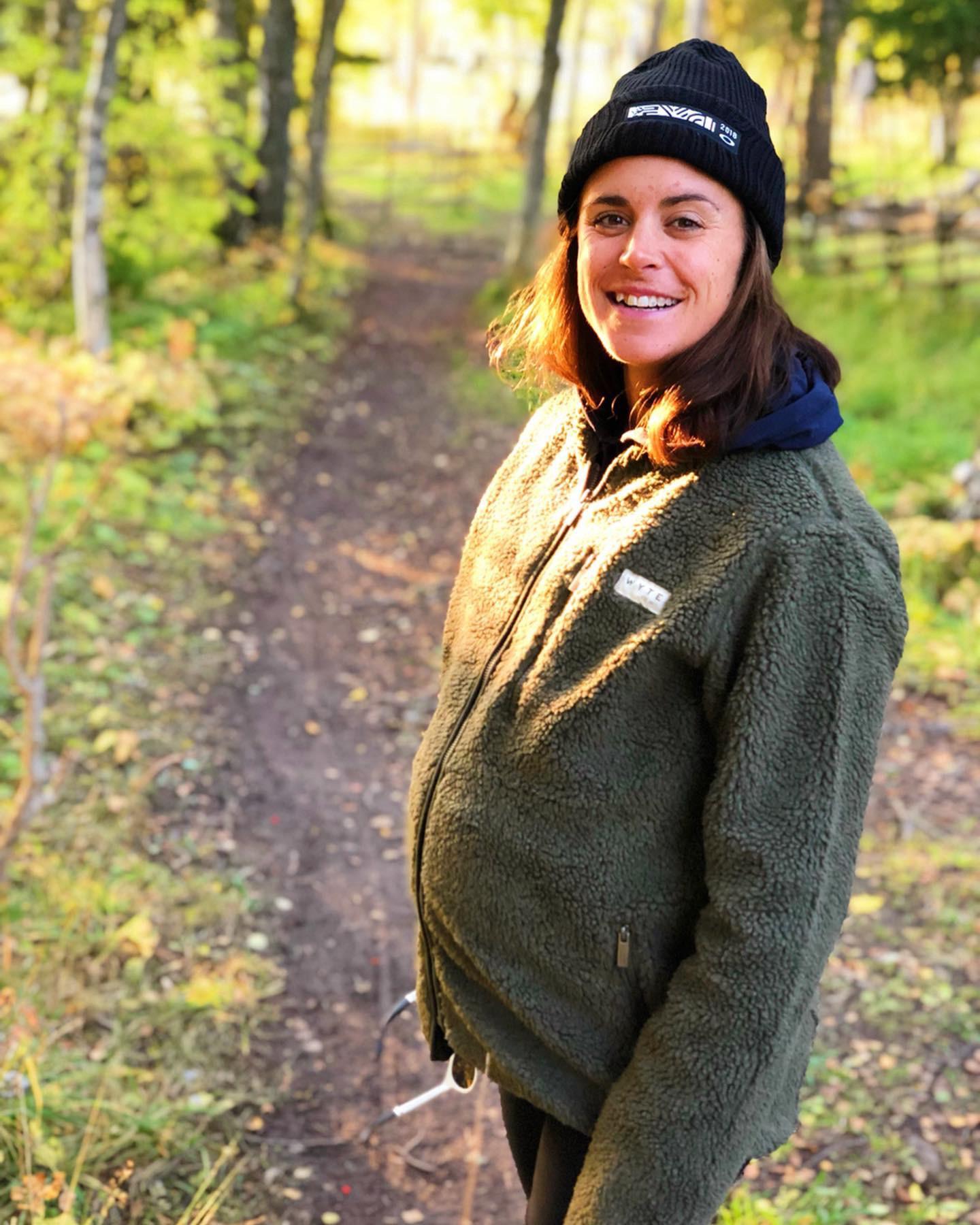 Den gröna fleecen (och gravidtightsen under).