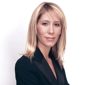 Lisa Wolman   Experienced CEO in healthcare and retail