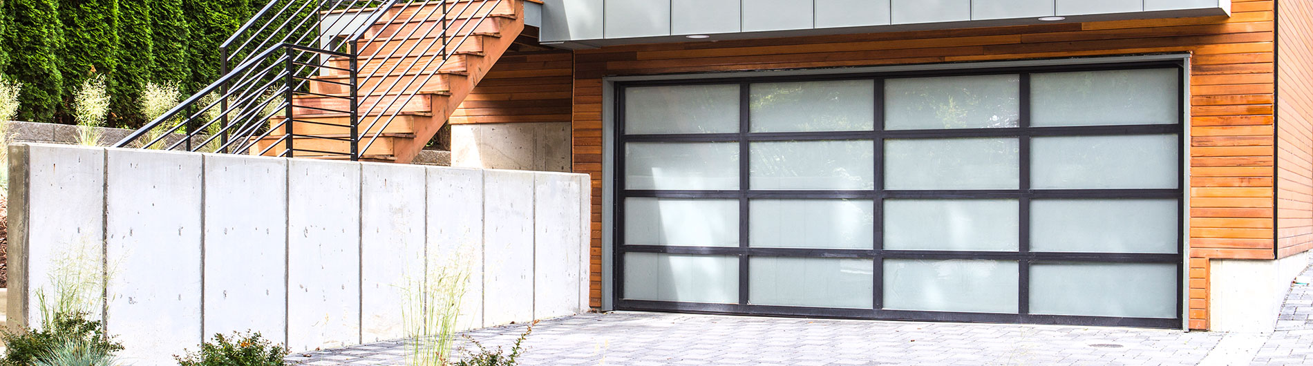 8800-Aluminum-Garage-Door-Black-White-Laminated.jpg