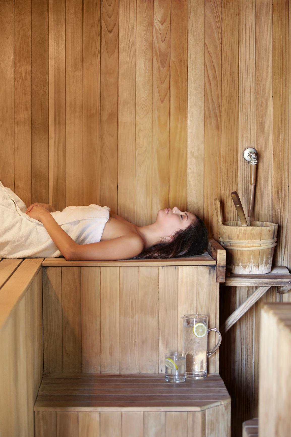 B3 Infrared Sauna - A DETOXIFICATION EXPERIENCE