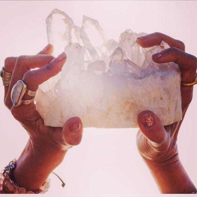 You are a gem! Shine bright  #crystalhealing #wellness #selfcare #wellnessisthenewbeautytreatment