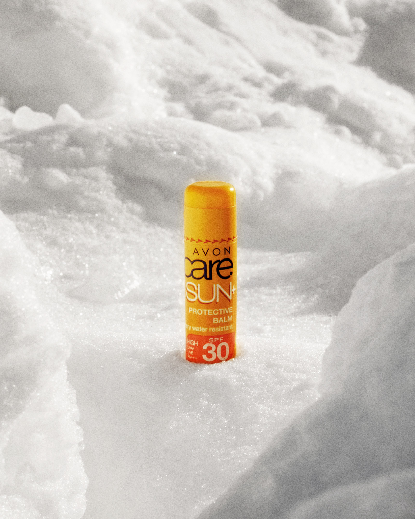 Protect your lips from harmful rays - Your lips are sensitive to sun damage too and an SPF lip balm is a really important factor in looking after yourself in a winter environment. With a moisturising balm, you might think you only need either a hydrating lip balm or a sun lip balm, but we really recommend taking the two, and for a few grams, this isn't going to impact your load. Sunburnt lips can be extremely painful and will significantly deter your enjoyment of the experience.