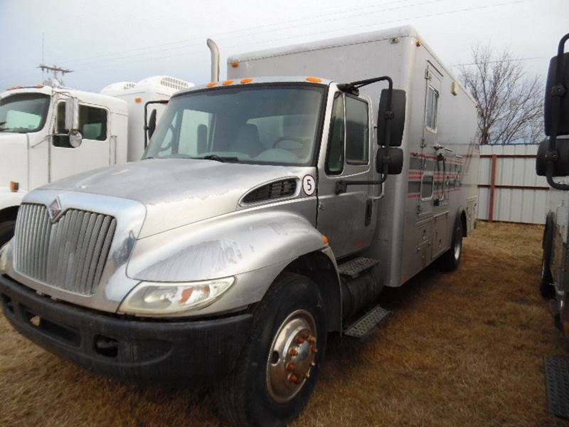 2005 International 4300 Plugging truck -