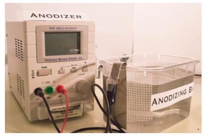Anodizer connected to an anodizing bath