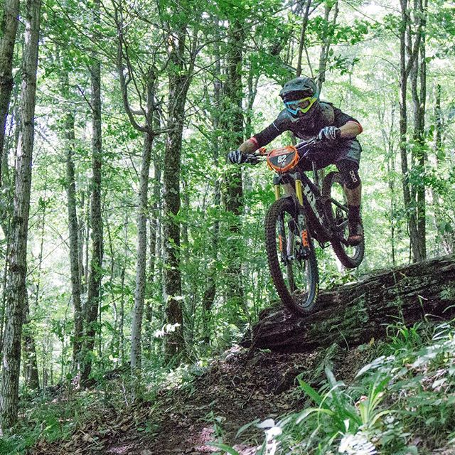 """If I'm going to race, I'm going to do it at 100%."" - @sabenrossi  A big shoutout to my brother for taking 1st place at the  @easternstatescup Enduro race at @plattekill_mtn yesterday. He was on fire!  Hats off to all of the riders this weekend. The stages were no joke - steep, rocky, and super slick from 4"" of rain overnight. It's always inspiring to see people giving their all, in any context."