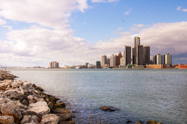 Detroit -