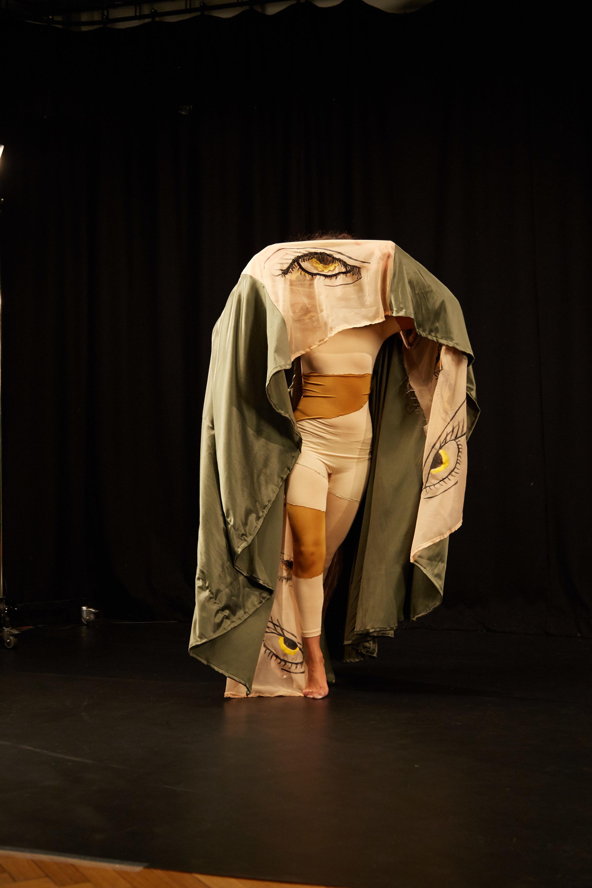 180123_MA_Costume_Design_Isabehella_Lima_0946.jpg