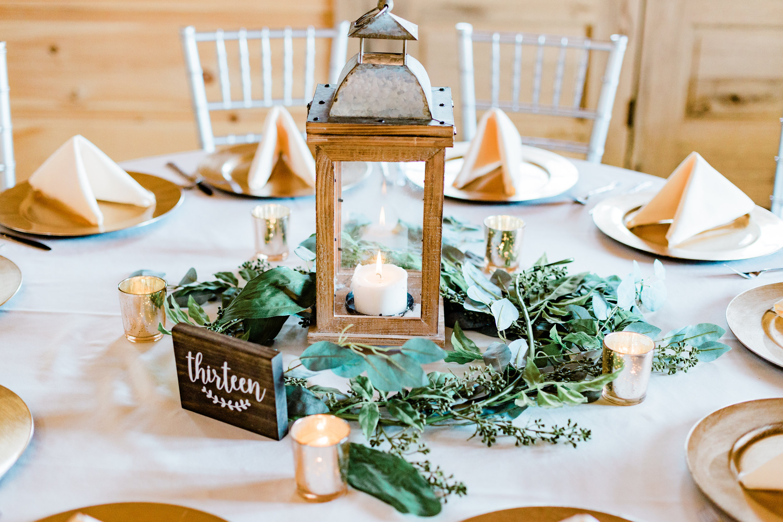 Dorothy_Louise_Photography_Amanda_Ryan_Stone_House_St_Charles_Wedding_Highlights-415.jpg