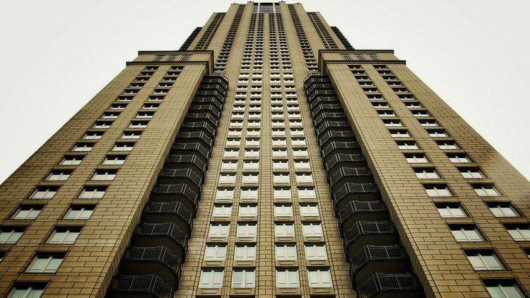 George Lucas 65th Floor Penthouse 1.jpg