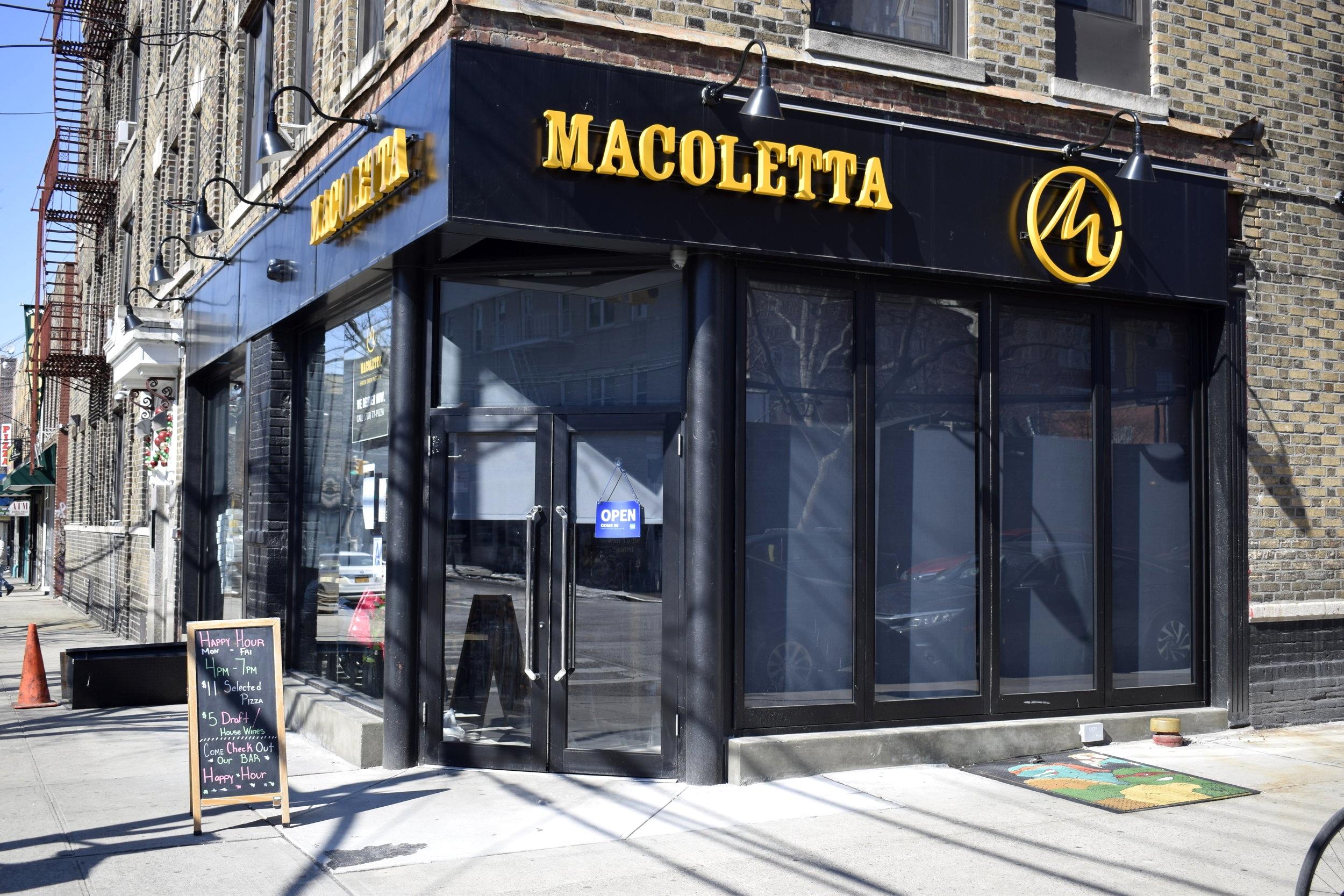 Macoletta Astoria Exterior