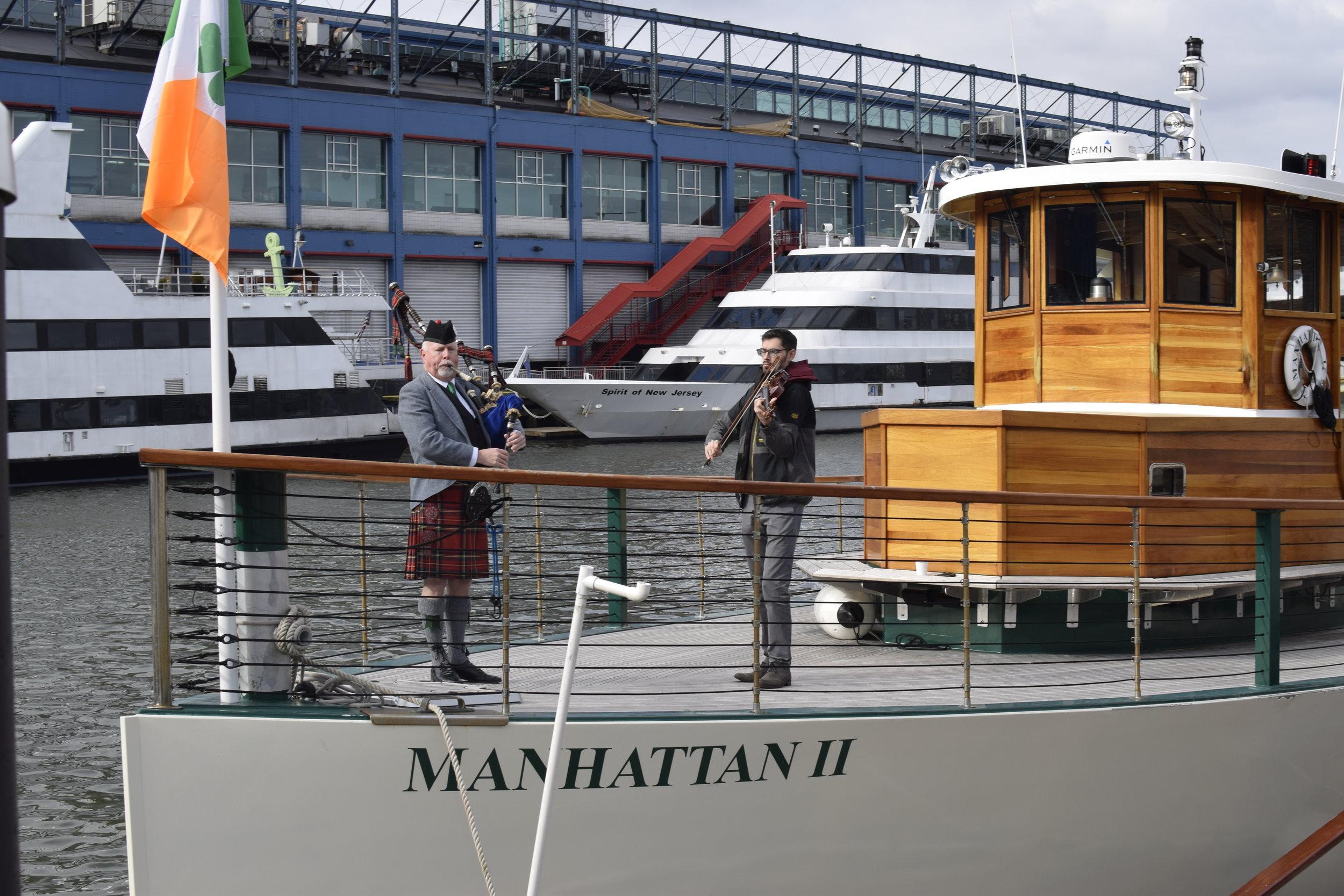 Bagpiper and Fiddler on Manhattan II