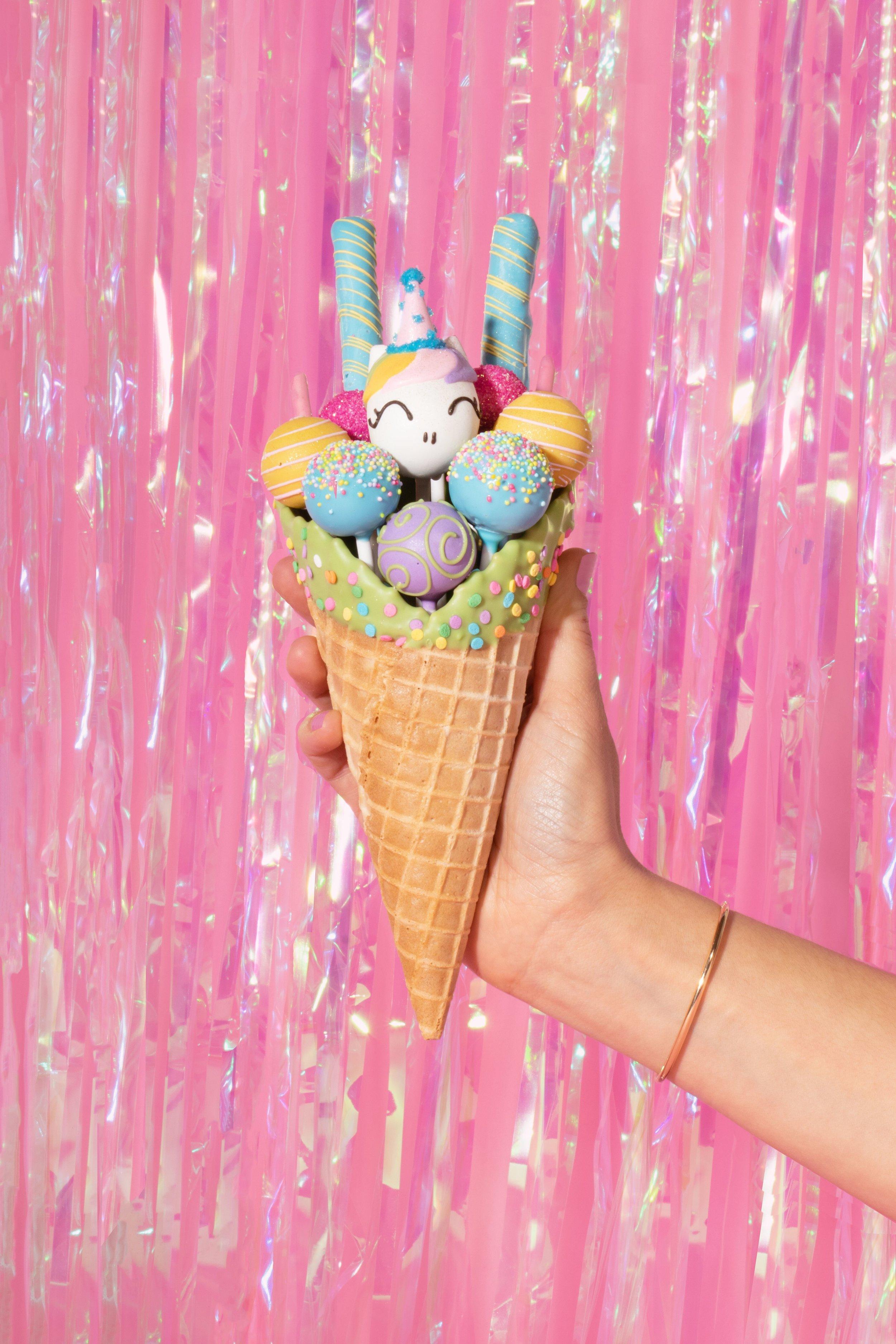 Photo Credit: Colors Collective & Dessert Goals