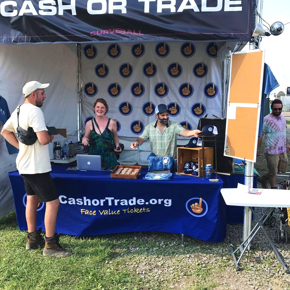 Cashor-Trade-At-A-Festival.jpg