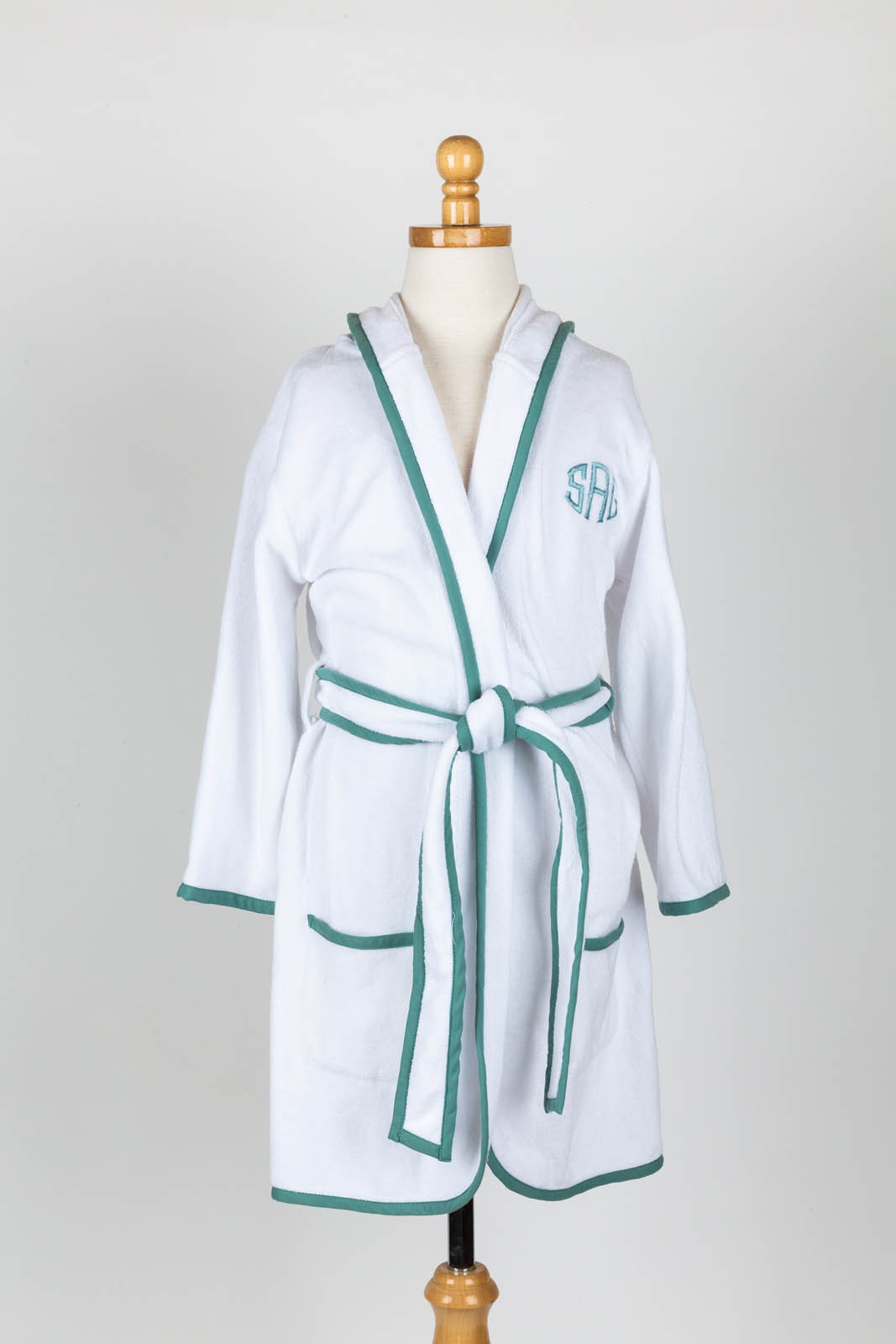 Short terry jersey hooded robe with Faith Monogram