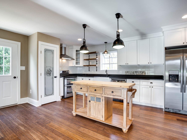 4740 Paul Hance Rd Huntingtown-MLS_Size-013-40-Kitchen-2048x1536-72dpi.jpg