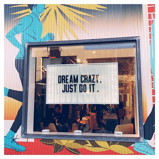 Friday fri YAY! Fun little message to kick off your weekend, courtesy of the @nike pop up store on Melrose in WeHo 🙌😁👍🏃‍♀️ . . . #nike #melroseavenue #justdoit✔️ #dreamersanddoers #weho #creativechics #inspiredwomen #inspiredwomen #dontquityourdaydream #creativeminds #createeveryday #creativelifehappylife #theeverydayproject  #createcultivate #creativebiz #creativebusiness