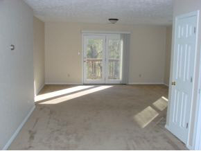 1512 Living Room empty.JPG