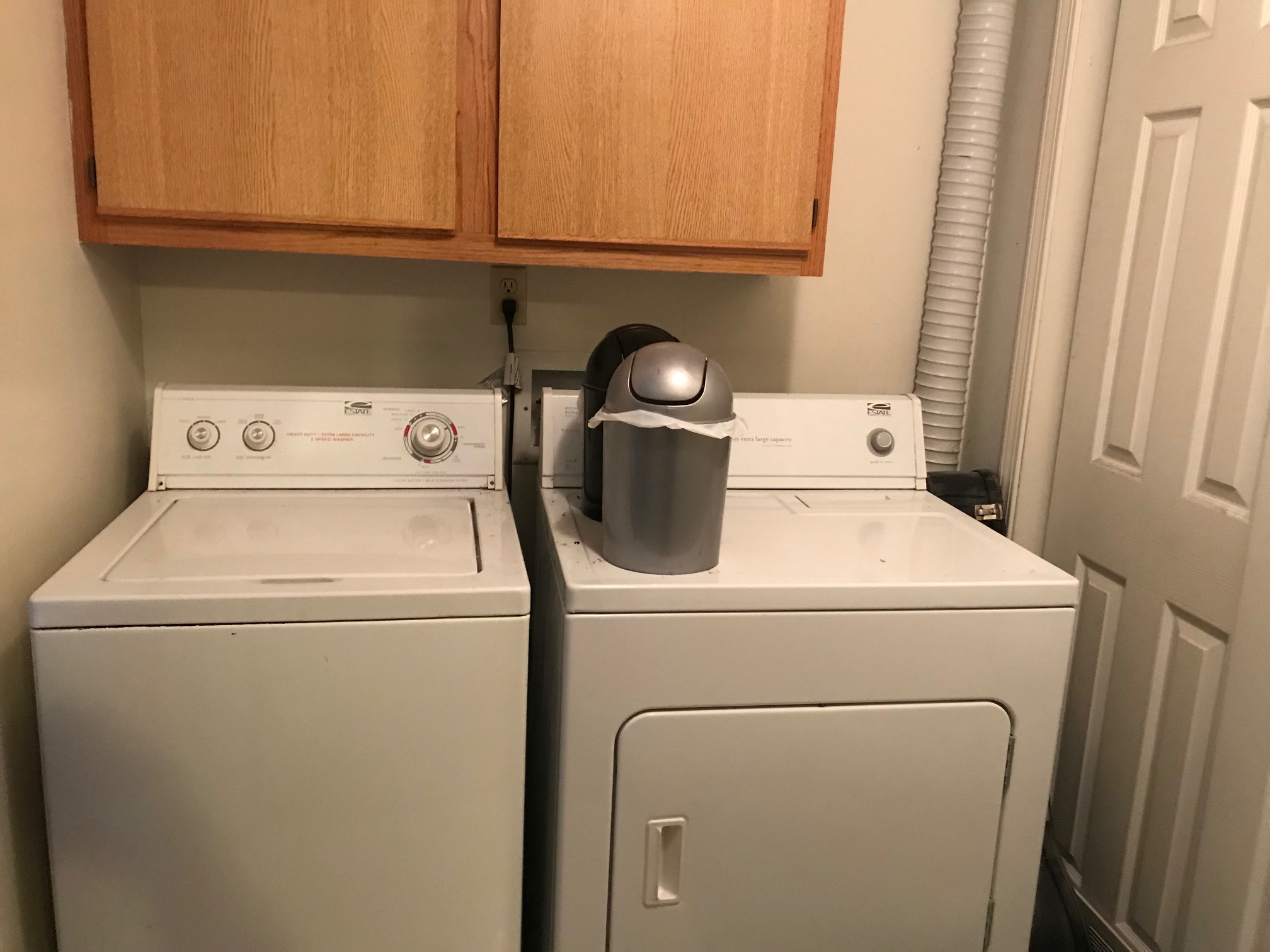 washer dryer.jpg