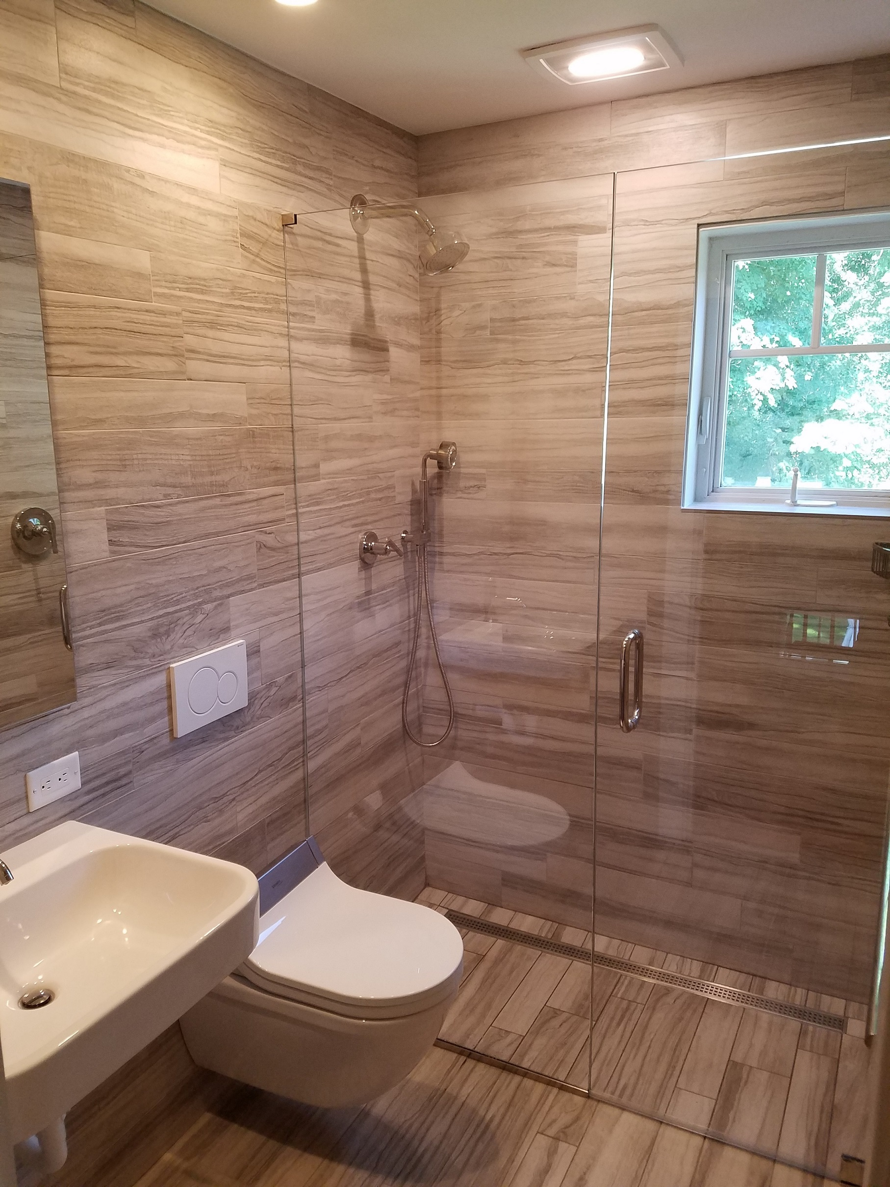 Fay Bathroom-resized.jpg