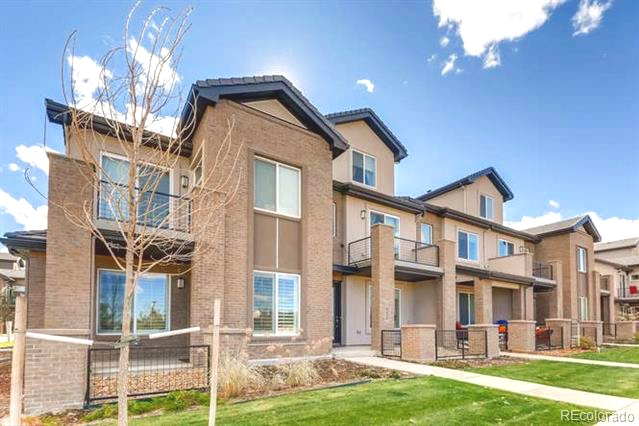 New Townhome in DTC - Offering 3 bedrooms - 2.5 Bath - 1598 sq/ft - 2 Car Attached Garage - Built in 2017