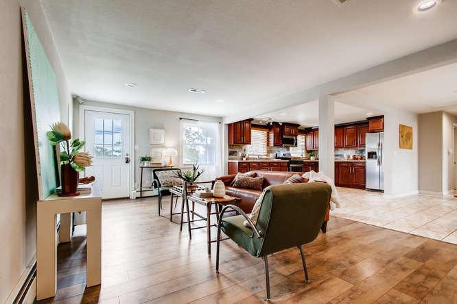 300 Stuart Steet Denver CO-small-004-003-Living Room-666x444-72dpi.jpg