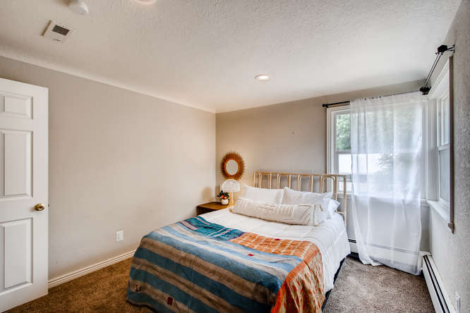 300 Stuart Steet Denver CO-small-012-018-Master Bedroom-666x444-72dpi.jpg