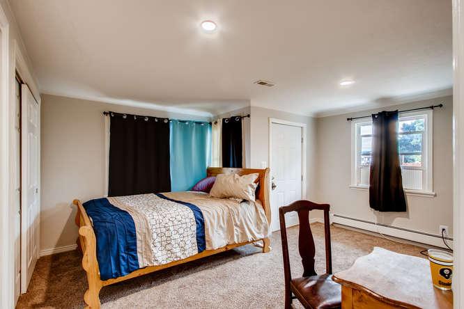 300 Stuart Steet Denver CO-small-014-016-Bedroom-666x444-72dpi.jpg