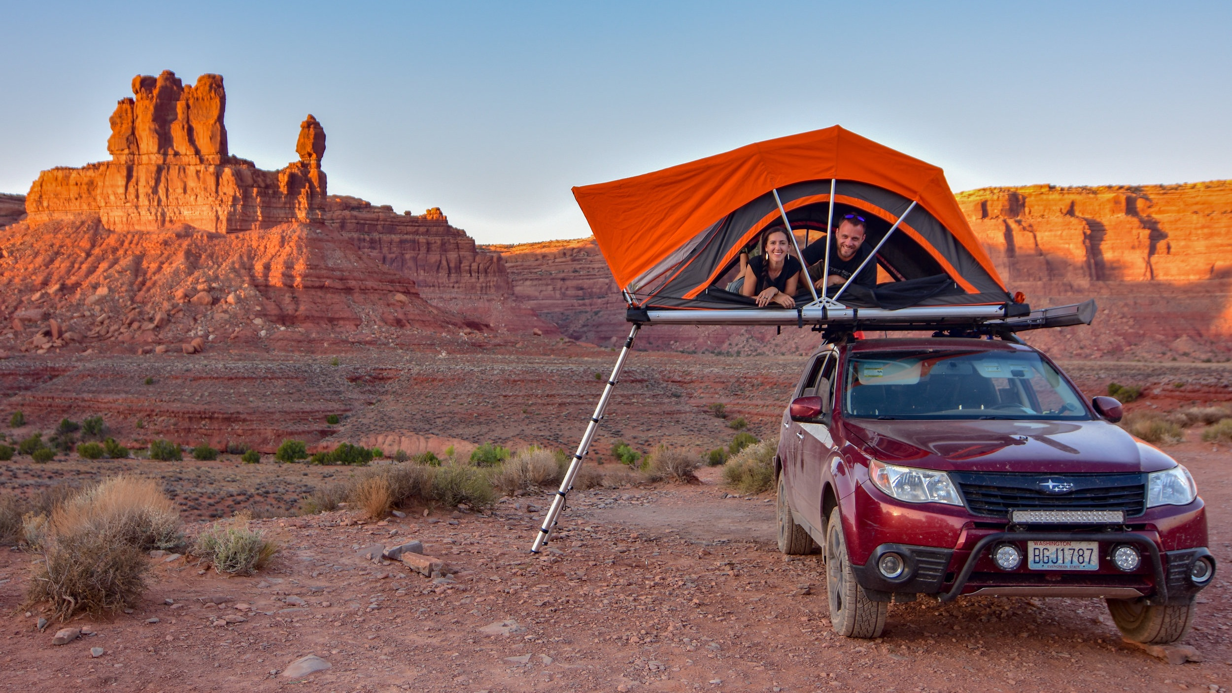 Road tripping around the US in our rooftop tent instead of flying to reduce our carbon footprint