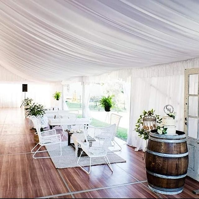 Stunning set ups 🤩🤩 @alittleblissevents  Photo by @lb_designs_01  #goldcoastwedding #hinterlandweddings #luxwedding #countryweddings #goldcoast #marqueewedding #marquee #wearegoldcoast #thisisqueensland #brisbanebride #brisbanewedding #bridetobe #gcbride #scenicrim #canungravalleyvineyard