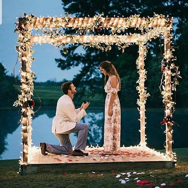 Who is expecting or planning a new year proposal?  What a great time of the year to start making plans for 2019  Repost from @stylisttaste  #goldcoastwedding #hinterlandweddings #luxwedding #countryweddings #goldcoast #marqueewedding #marquee #wearegoldcoast #thisisqueensland #brisbanebride #brisbanewedding #scenicrim #bridetobe