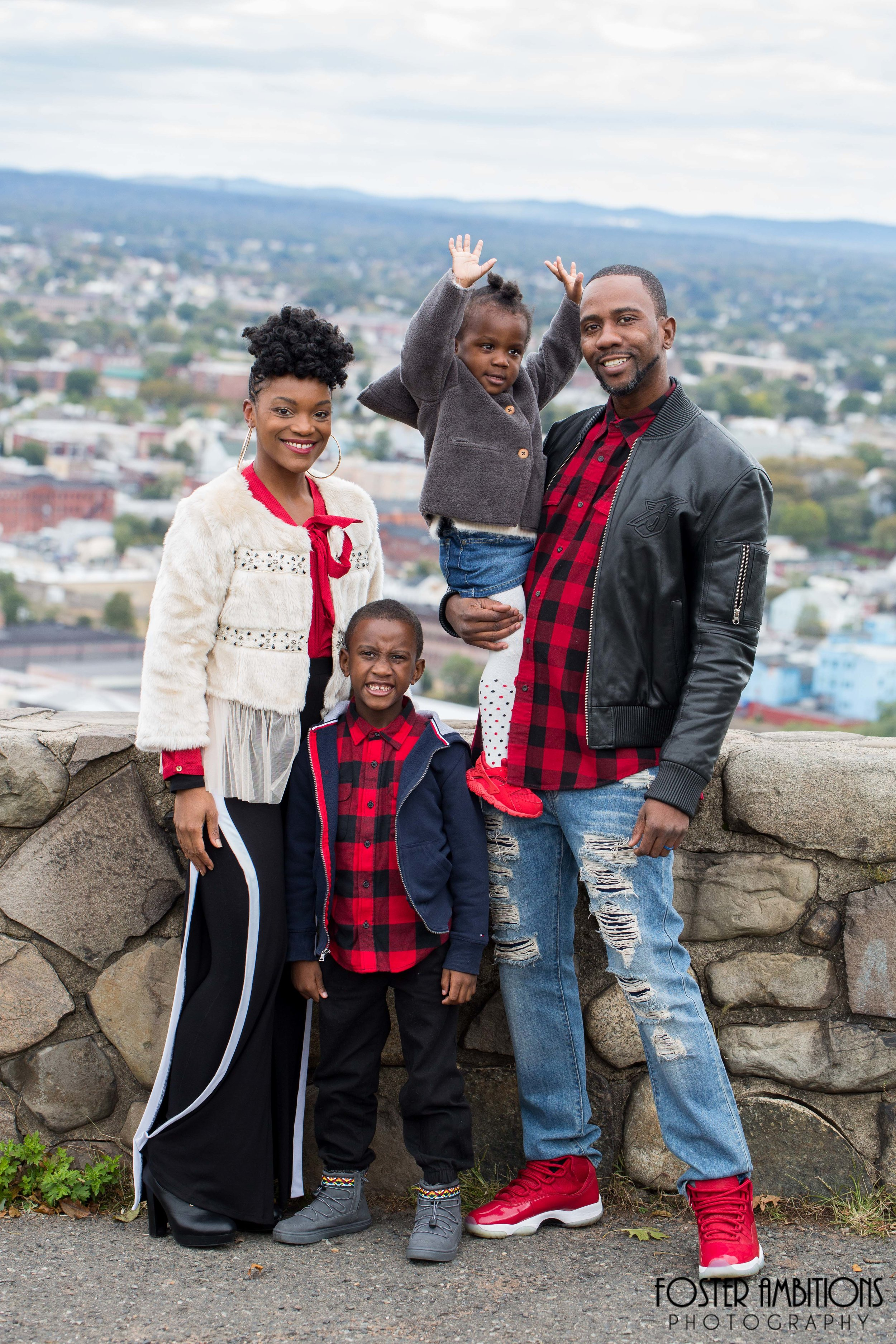 fall-family-photo-outfits.JPG