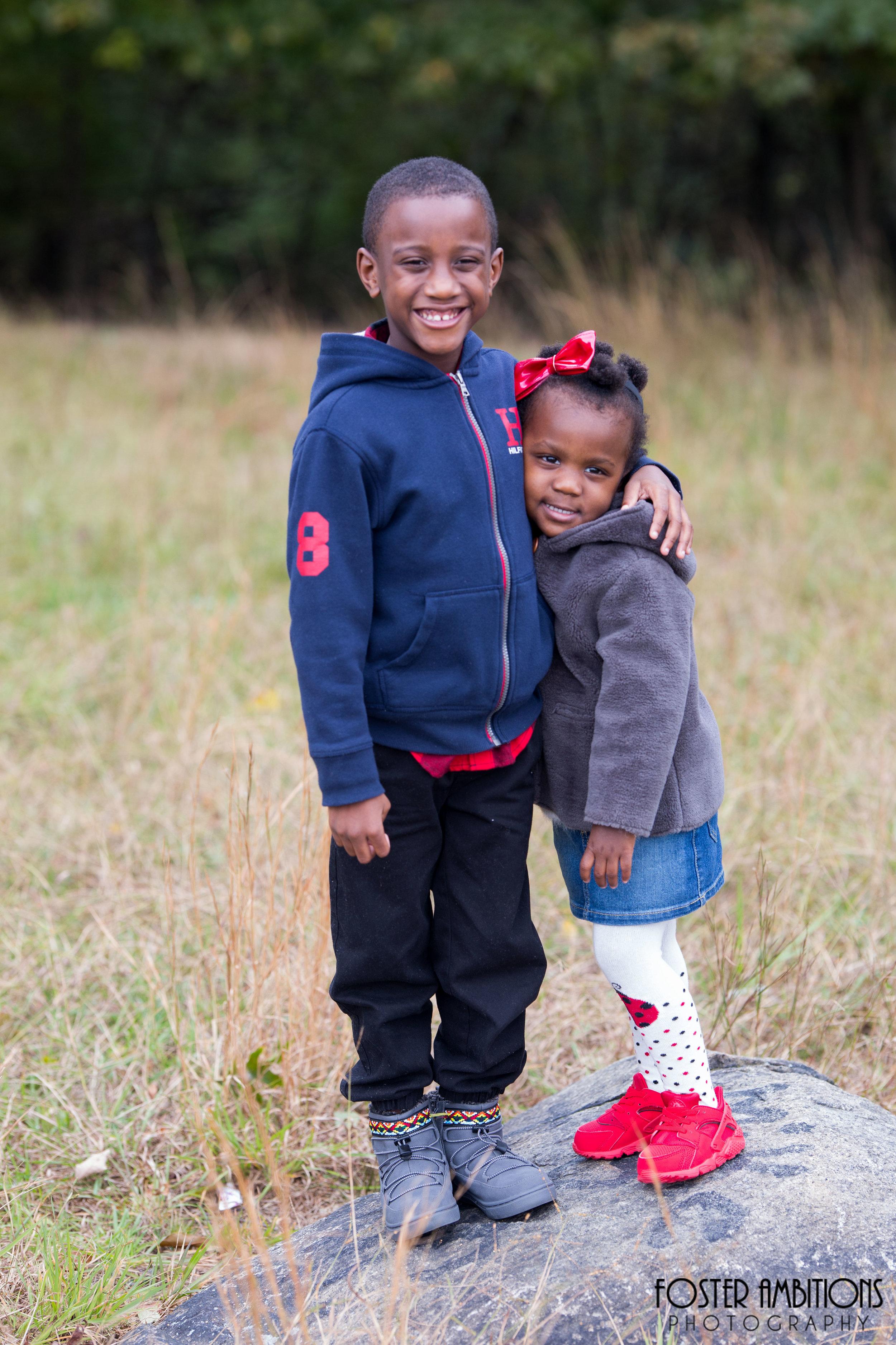outdoor-fall-family-photos.JPG