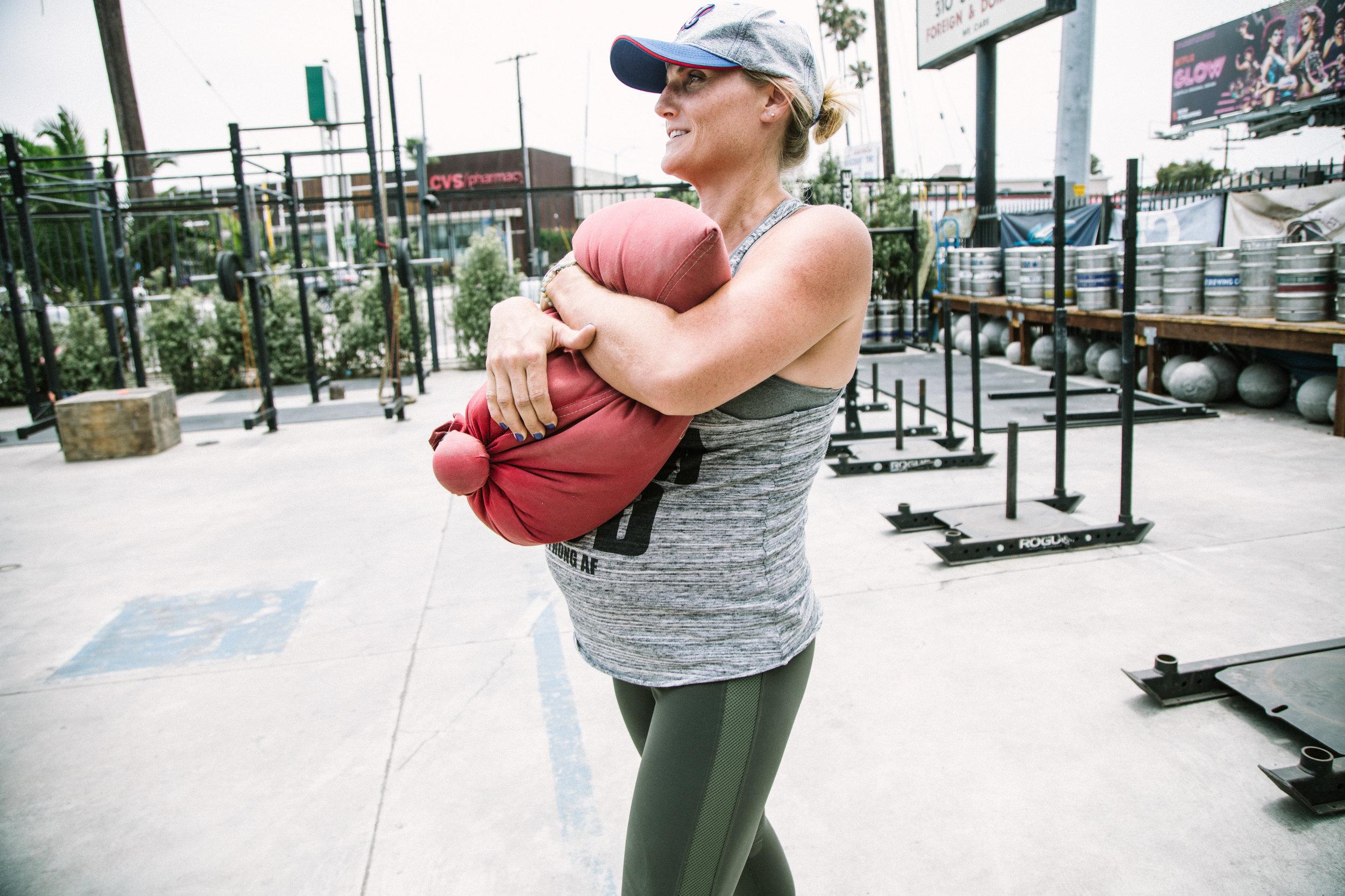 所有的压力,所有的动力,可以通过运动,提高身体效率,提高所有的力量,提高身体效率,以及所有的物理能力。
