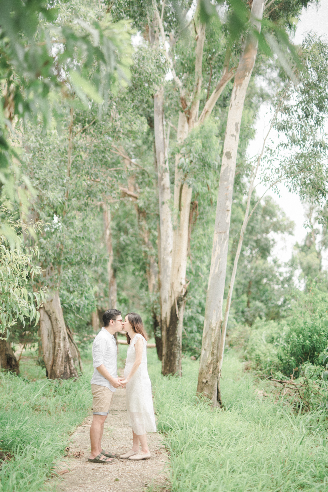 A-Forest-Maternity-Session_00022.jpg
