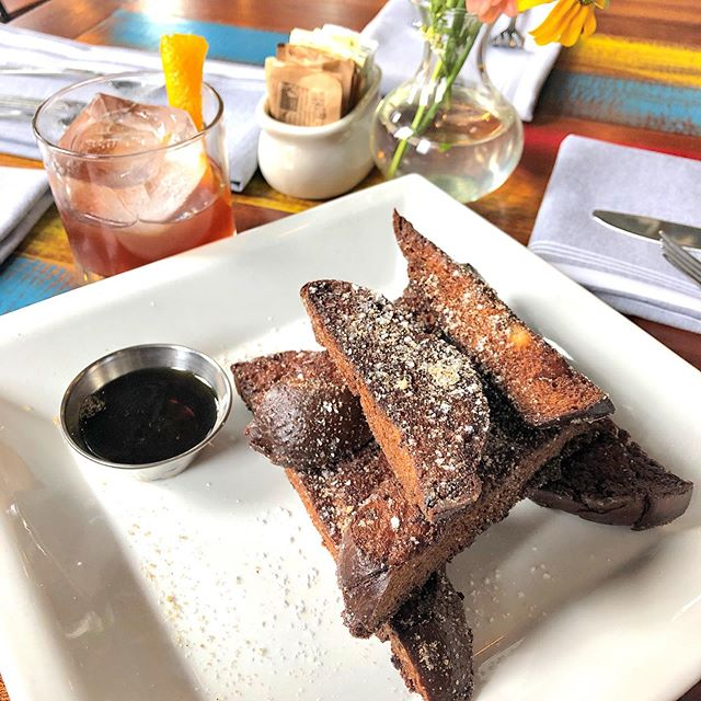 Let's talk about it... Old Fashioned and French Toast sticks are a match made in heaven!! Get here for Happy Hour, 3-7pm. . . . . . #brunchrva #brunchgoals #brunchallday #RVA #thefanrva #rvadine #eatlocal #dailyfoodfeed #eeeeats #goodeats #southernstyle #vafoodie