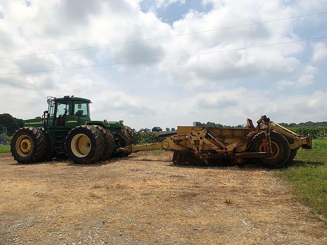 Checking out some new equipment. #JohnDeere #1810_E #FSR #FSRHomes #Construction #HeavyEquipment #SiteDevelopment #DirtMovers #Excavation #ExcavationSite #SubGrade #Grading #DirtMovers #WeBuildGeorgia #Utilities