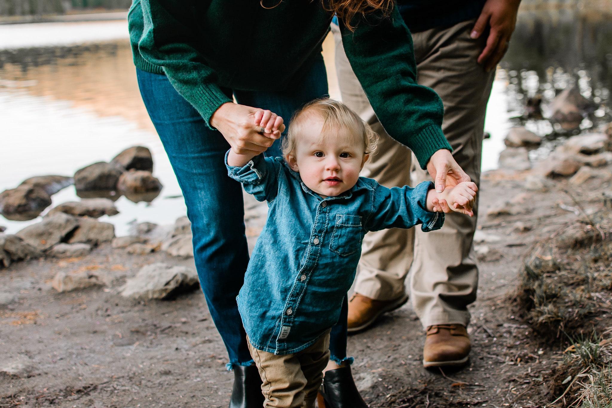 Portland family photographer at Trillium Lake