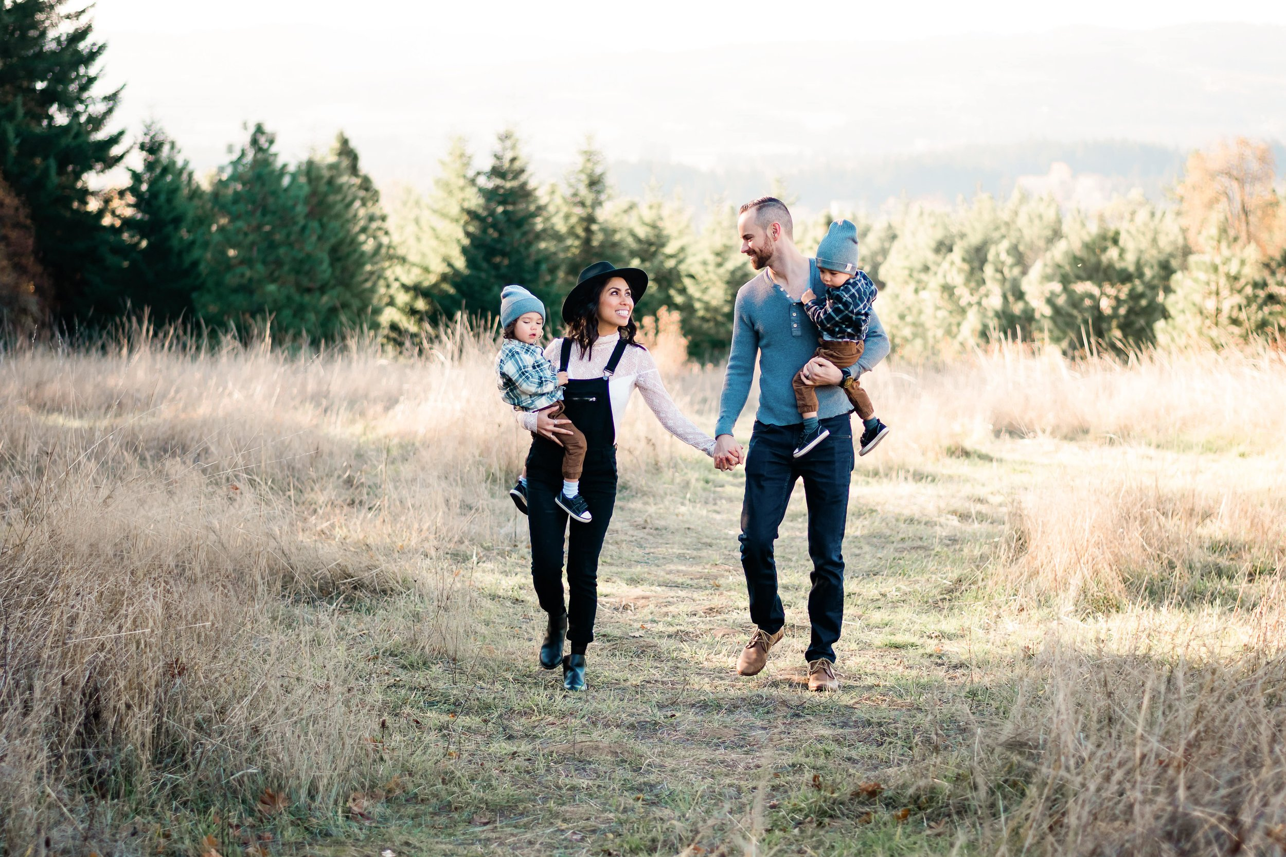 Portland Oregon Family Photography at Cooper Mountain Nature Park