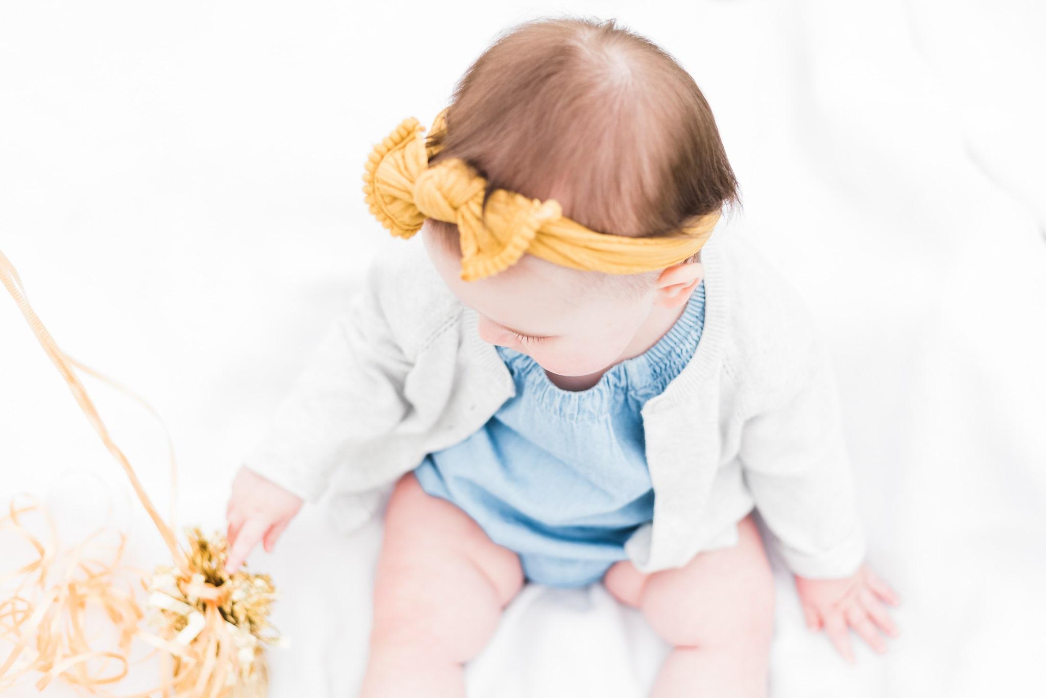 baby milestone photoshoot of baby Emilia in Portland, Oregon