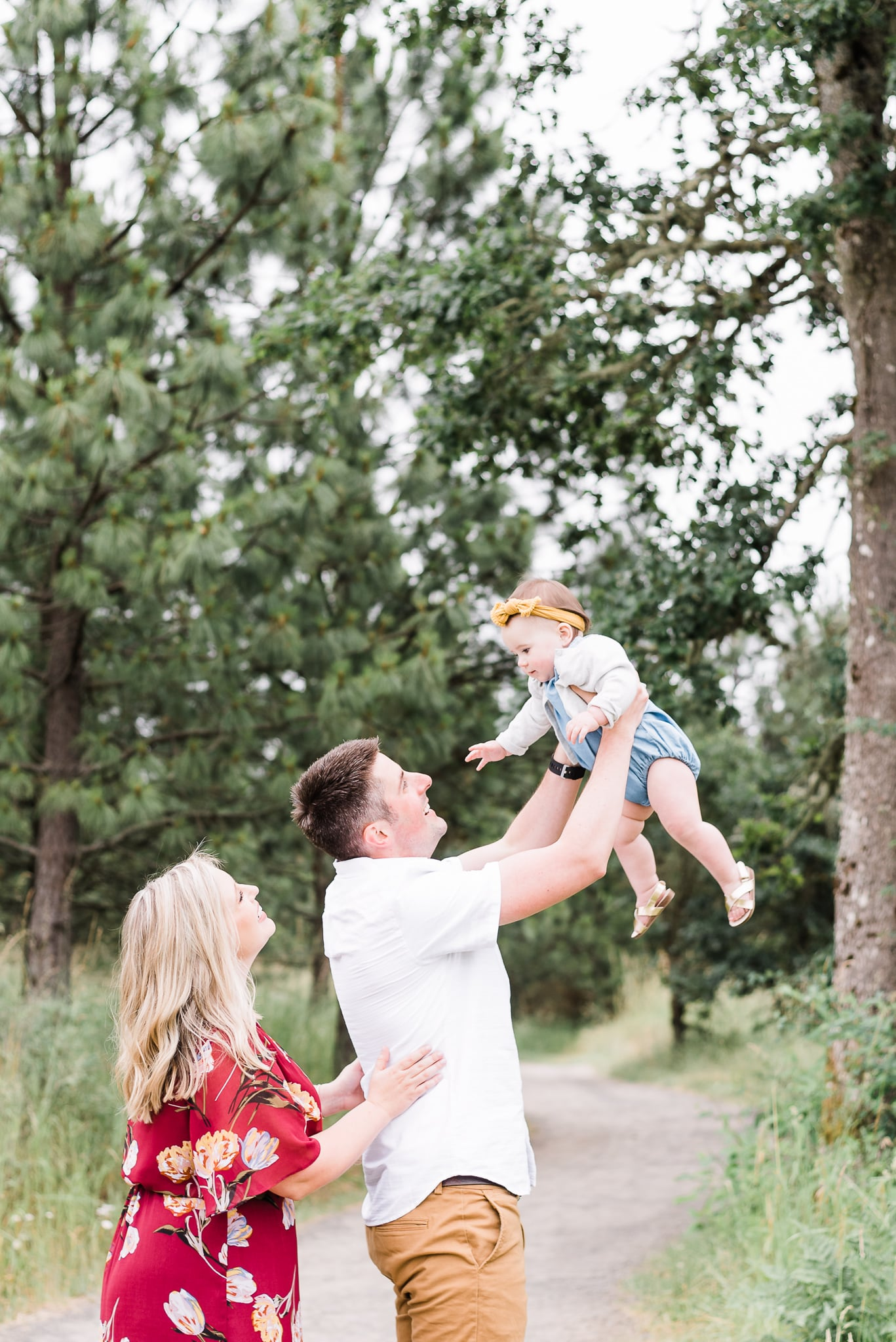 playful baby milestone photoshoot of baby Emilia in Portland, Oregon