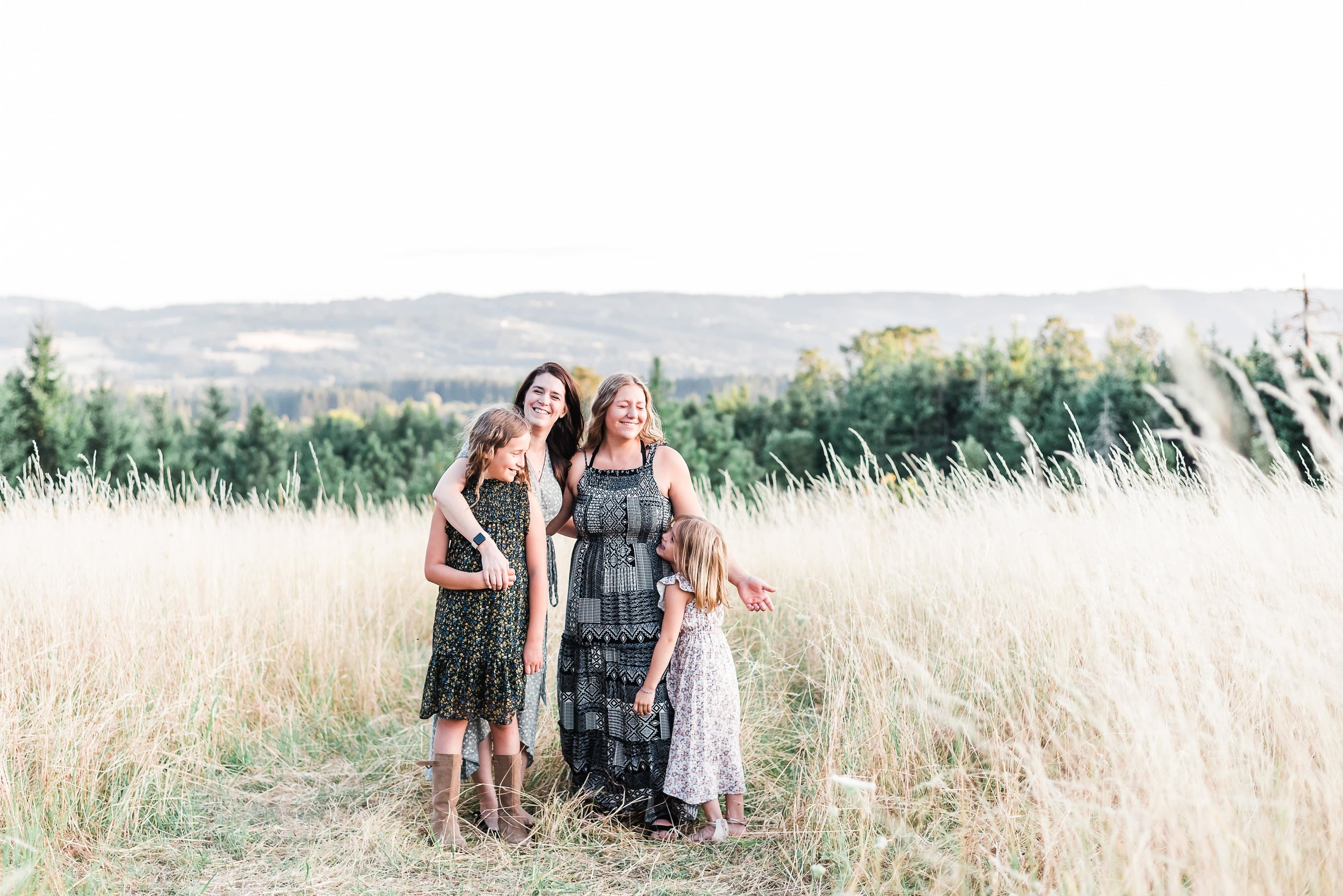 Summer golden hour family portraits in Portland, Oregon. Playful and adventurous family photo inspiration | Pacific Northwest family | Lifestyle family photography, family photos with girls, family photos with daughters | Portland, OR Photographer - Elizabeth Hite Photography