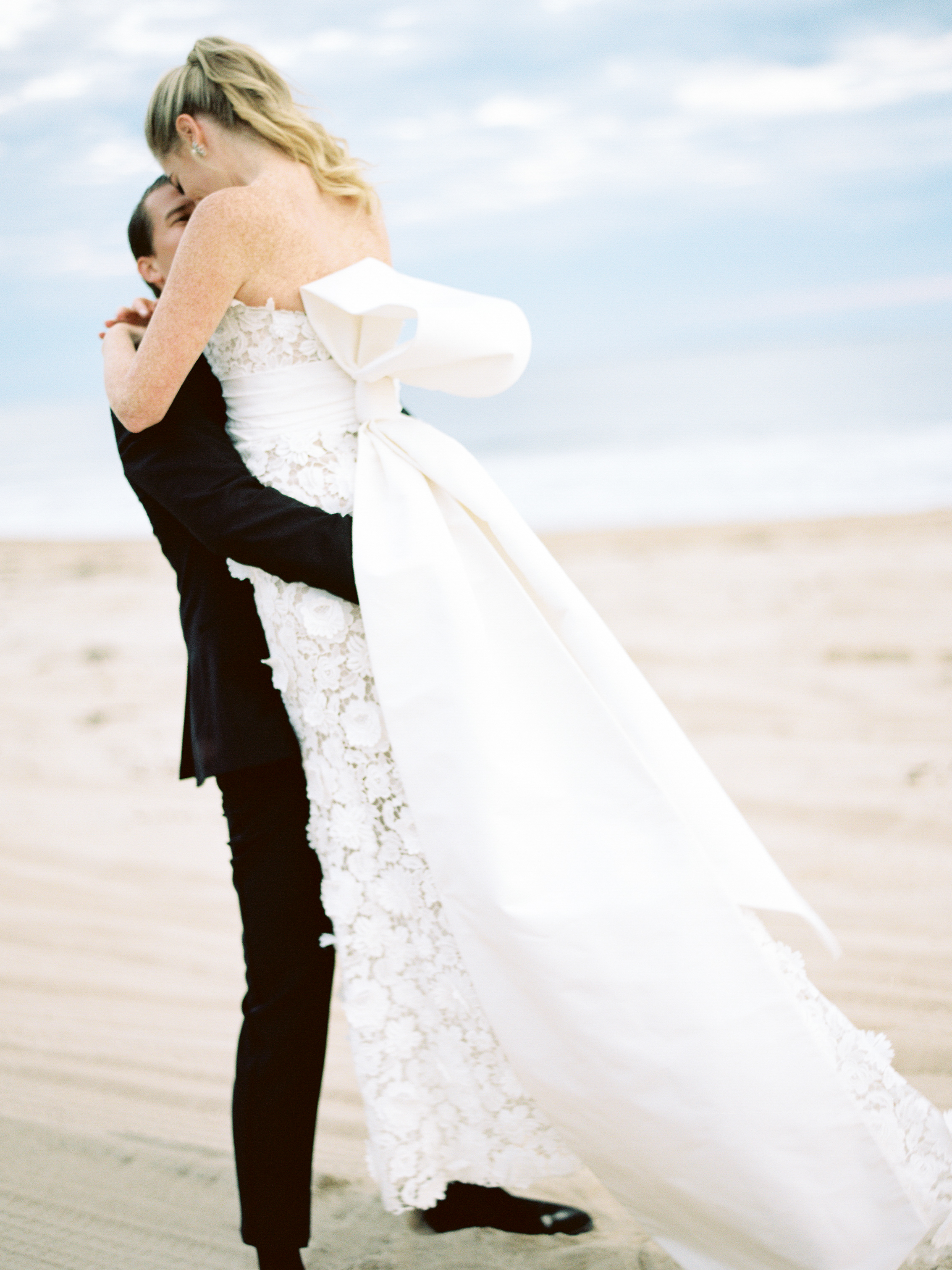 New England, coastal wedding, wedding decor, romantic wedding, Rhode Island, Nicole Simeral