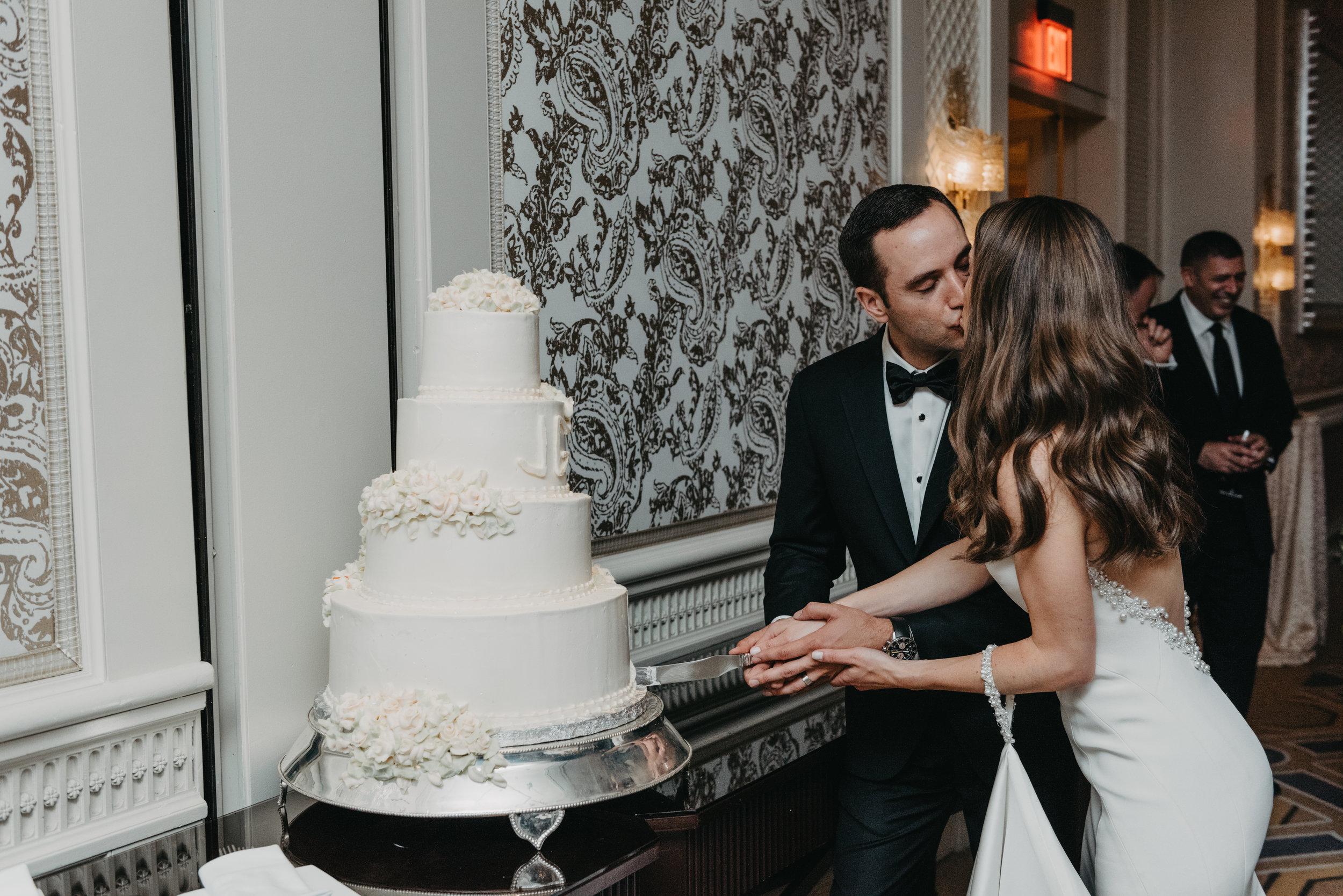 BOSTON PUBLIC GARDEN WEDDING, GARDEN WEDDING, BOSTON WEDDING PLANNER, NICOLE SIMERAL, FOUR SEASONS WEDDING, CLASSIC, TIMELESS, WEDDING WEDDING PLANNER, DESTINATION WEDDING, CAKE CUTTING, OLD FASHIONED TRADITIONS